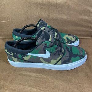 NEW Nike SB Zoom Stefan Janoski